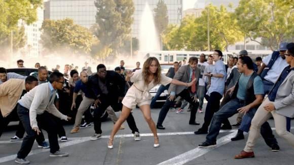 Escena del videoclip 'Papi' de Jennifer López