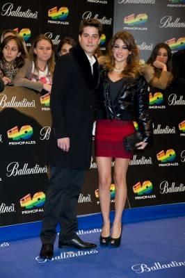 Ursula Corberó y Luis Fernández en la gala de los Premios 40 Principales