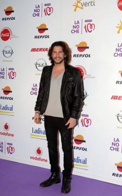 Manuel Carrasco en La noche de Cadena 100