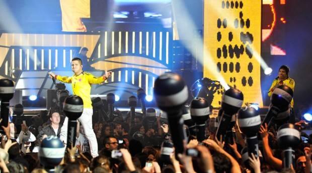 Cali y el Dandee actuación en los Premios 40 Principales 2012