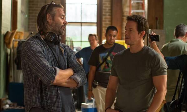 "El director de ""2 Guns"" Baltasar Kormákur junto a Mark Wahlberg"