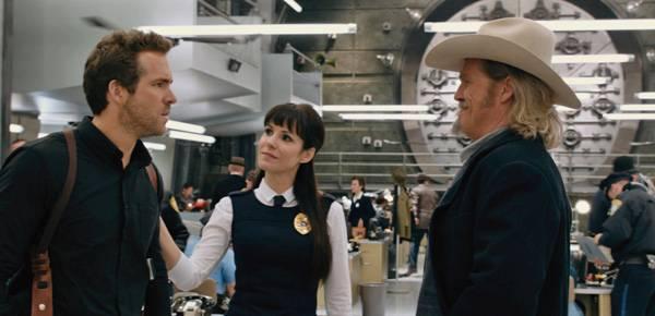 Imagen de R.I.P.D con Jeff Bridges, Mary-Louise Parker y Ryan Reynolds