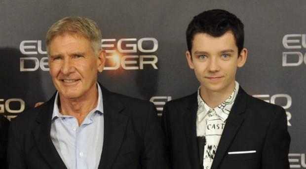 """Harrison Ford y Asa Butterfield presentando """"El juego de Ender"""" durante su visita en Madrid"""