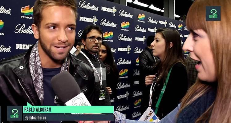 Imagen de la entrevista a Pablo Alborán en los Premios 40