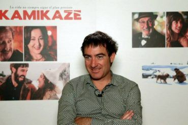 Alex Pina Director de Kamikaze