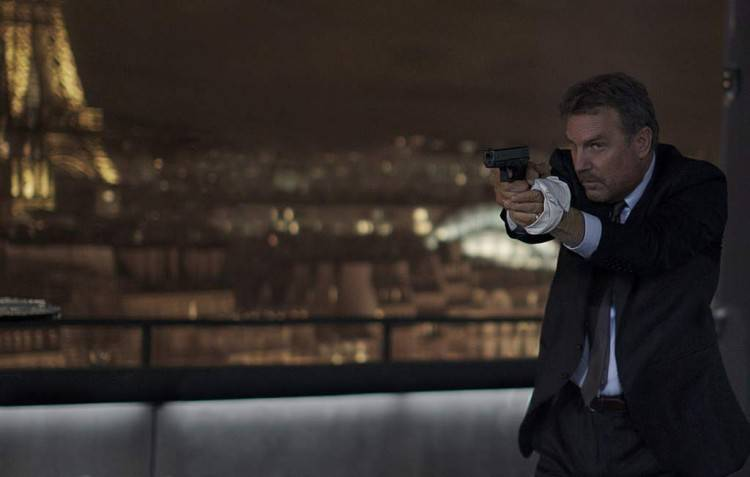 """Kevin Costner en una imagen de """"3 días para matar"""""""