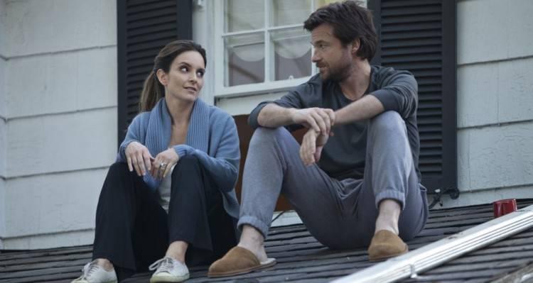 Tina Fey y Jason Bateman en 'Ahí os quedáis'