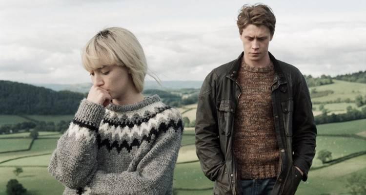 Saoirse Ronan y George MacKay - Mi vida ahora