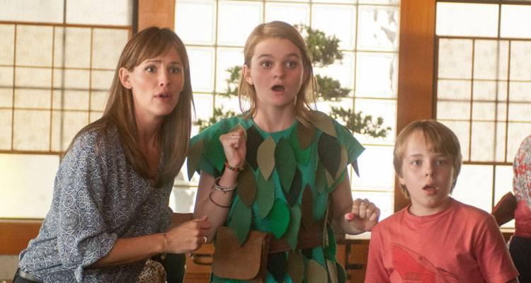 Jennifer Garner, Kerris Dorsey y Ed Oxenbould en 'Alexander y el día terrible, horrible, espantoso, horroroso'