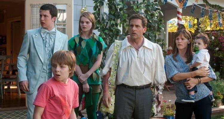 Dylan Minnette, Ed Oxenbould, Kerris Dorsey, Steve Carell y Jennifer Garner en 'Alexander y el día terrible, horrible, espantoso, horroroso'