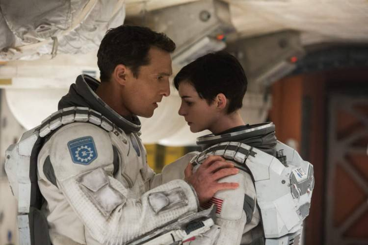 Matthew McConaughey y Anne Hathaway - Foto película 'Interstellar' (Interestelar)