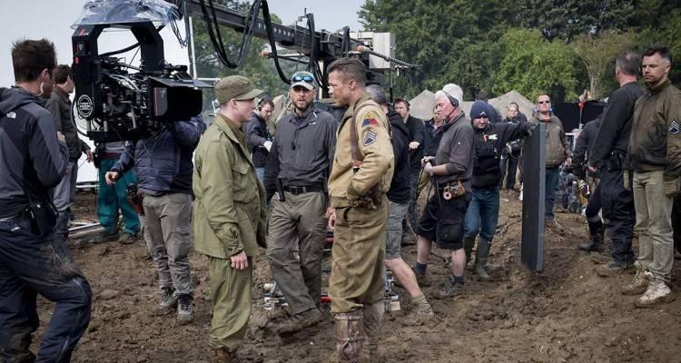 """Foto de """"Corazones de Acero"""" - Durante el rodaje con Logan Lerman, el director David Ayer and Brad Pitt"""