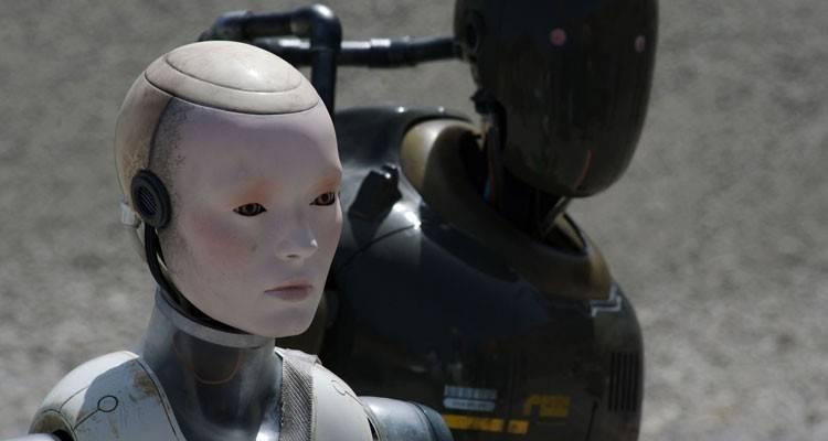 """Cleo la robot más """"humana"""" de la película """"Autómata"""" (2015)"""