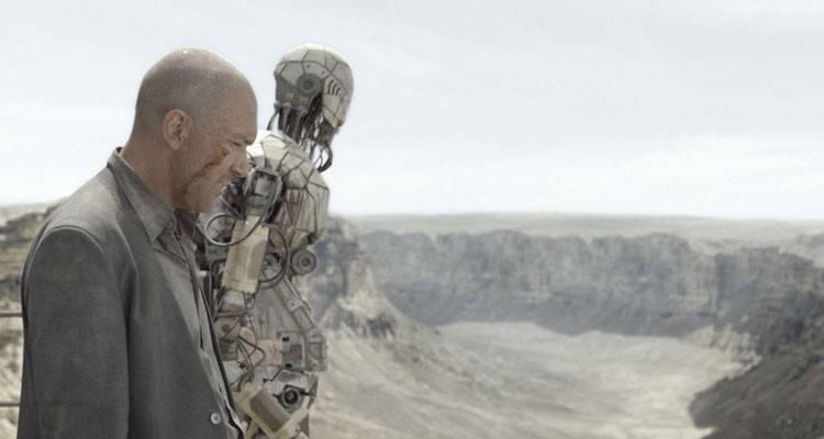 """Antonio Banderas y uno de los robots en una escena de la película """"Autómata"""" (2015)"""