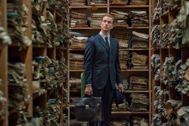 """Alexander Fehling en la película """"La conspiración del silencio"""" (2015)"""