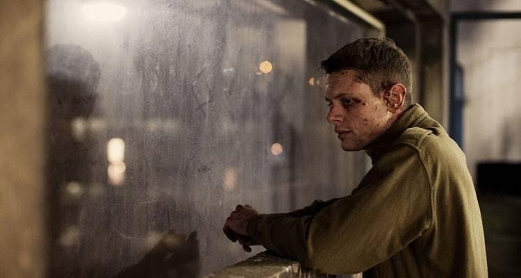 """Jack O'Connell en la película """"71"""" (2015)"""