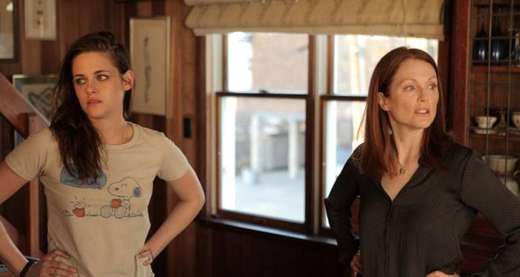 """Julianne Moore y Kristen Stewart en la película """"Siempre Alice"""""""