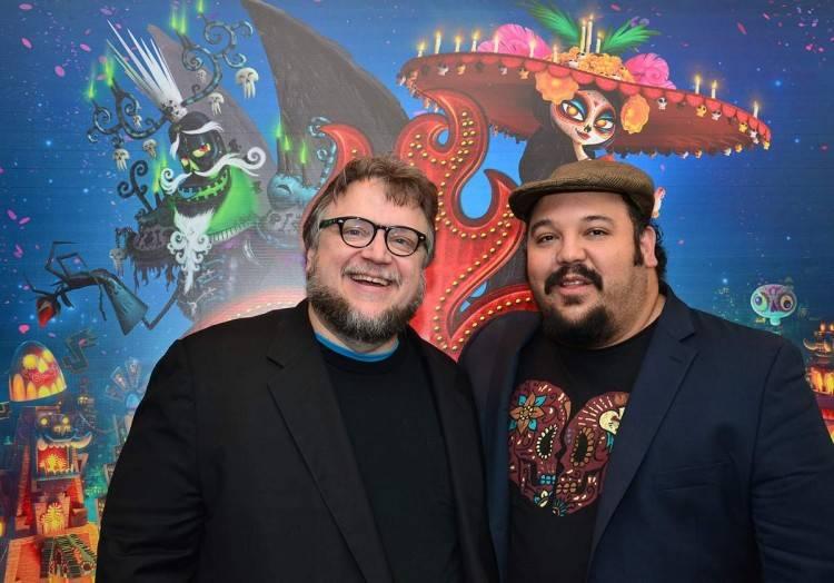 """El productor Guillermo del Toro y el director """"Jorge R. Gutiérrez"""""""