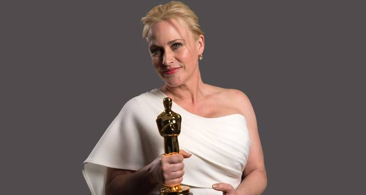 "Patricia Arquette posando con su Oscar por ""Boyhood"" ©A.M.P.A.S."