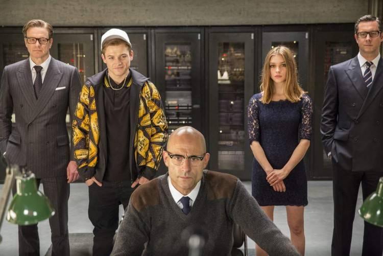 Parte del equipo de agentes secretos de Kingman con el actor Mark Strong al frente - Película Kingsman: Servicio Secreto