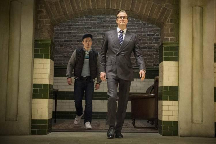 Taron Egerton y Colin Firth - Kingsman: Servicio Secreto
