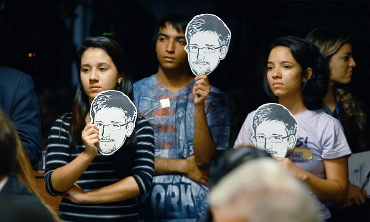 "Edward Snowden, protagonista del documental ""Citizenfour"" (2015)"
