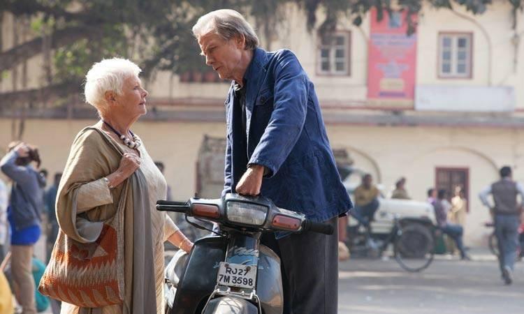 """Judi Dench y Bill Nighy en la película """"El nuevo exótico Hotel Marigold"""""""