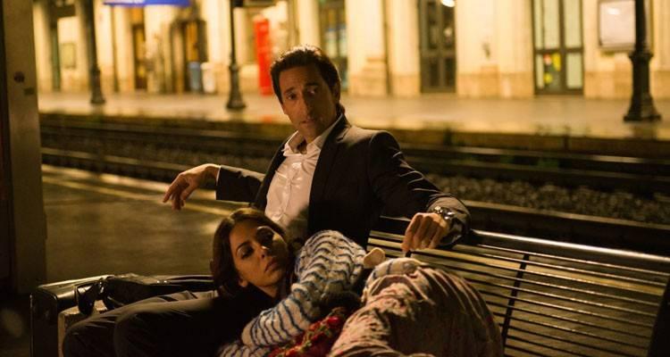 """Adrien Brody y Moran Atias en la película """"En tercera persona"""""""