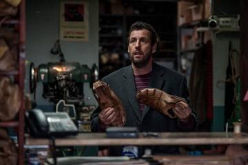 """Adam Sandler en la película """"Con la magia en los zapatos"""""""