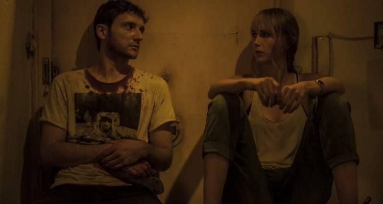 """Bruno Sevilla e Ingrid García Jonsson en una escena de """"Sweet home"""" (2015)"""