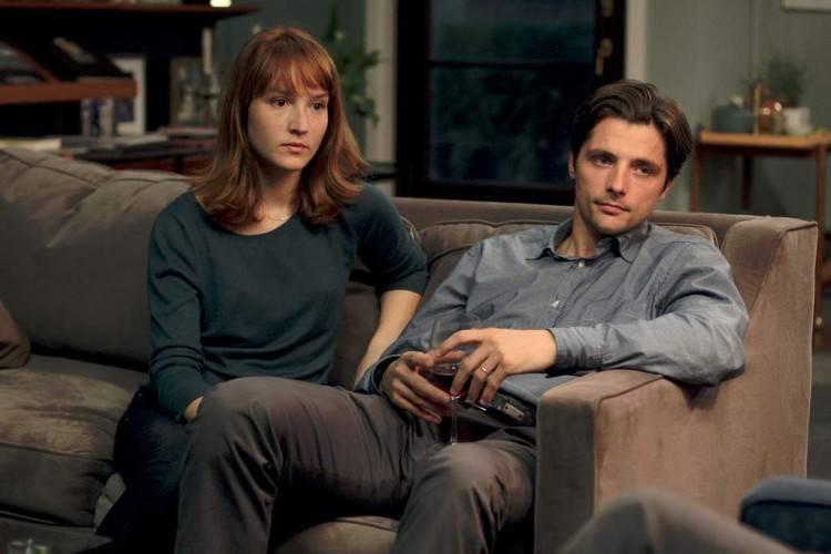 Imagen de la película Una buena amiga: Anaïs Demoustier y Raphaël Personnaz