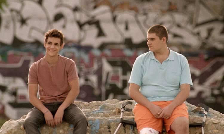 """Antonio Bachiller y Miguel Herrán en la película """"A cambio de nada"""" (2015)"""