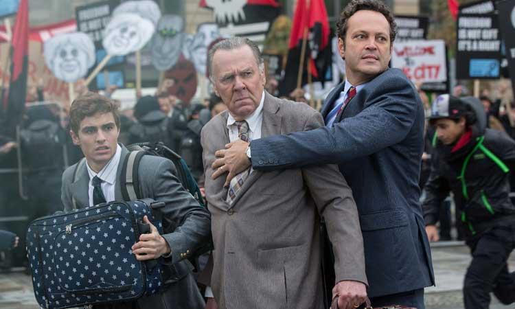 """Dave Franco, Tom Wilkinson y Vince Vaughn en """"Negocios con resaca"""""""