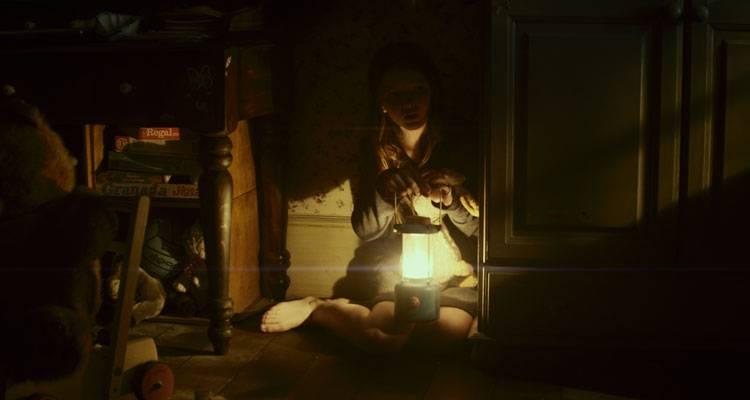 Imagen de Quinn McColgan durante una de las escenas más angustiosas de 'Extinction'