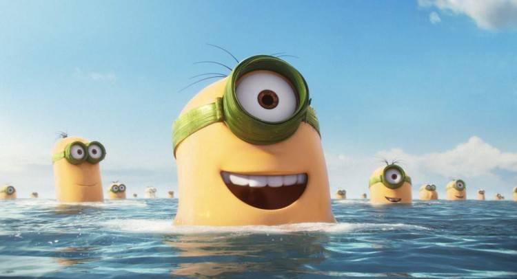 Los primeros Minions salen del agua