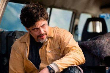 Imagen de Benicio Del Toro en la película 'Un día perfecto'