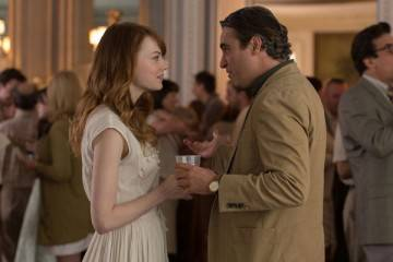 Emma Stone y Joaquin Phoenix en la película 'Irracional man' (2015)