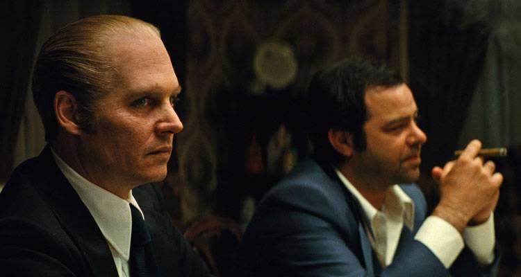 Johnny Depp y Rory Cochrane en la película 'Black Mass' (2015)