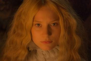 Mia Wasikowska en la película 'La cumbre escarlata' (2015)