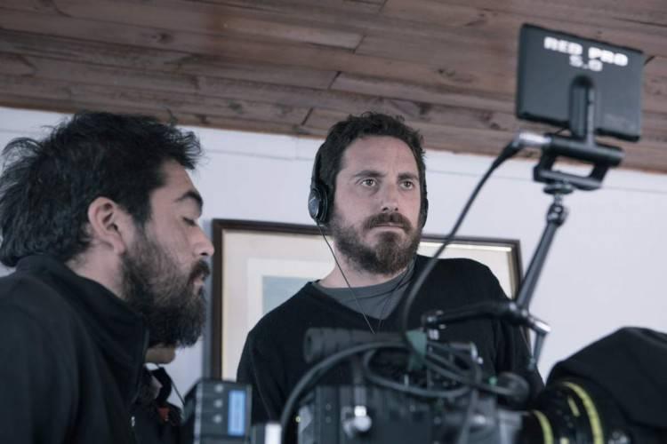 El director Pablo Larraín durante el rodaje de la película 'El club'