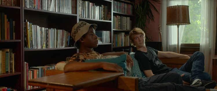 RJ Cyler y Thomas Mann en 'Yo, él y Raquel' (2015)