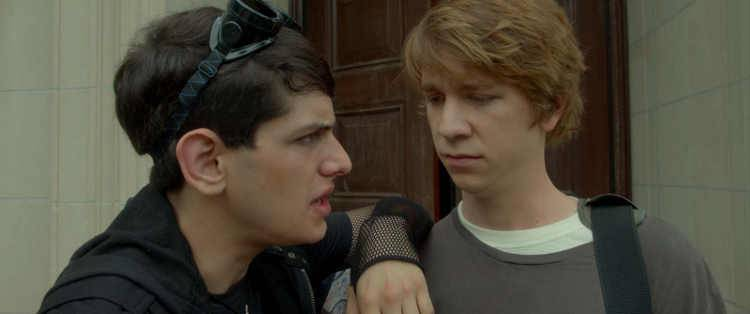 Matt Bennett y Thomas Mann en 'Yo, él y Raquel' (2015)