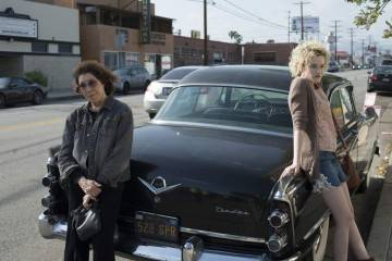 Lily Tomlin y Julia Garner - Crítica Grandma