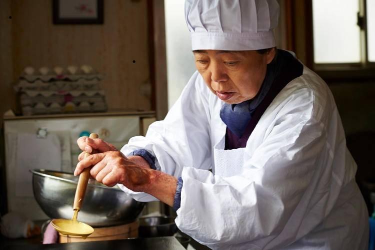 Kirin Kiki en la película 'Una pastelería en Tokio'