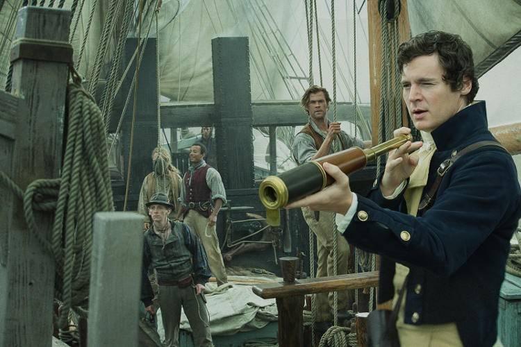 Benjamin Walker y Chris Hemsworth en la película 'En el corazón del mar'