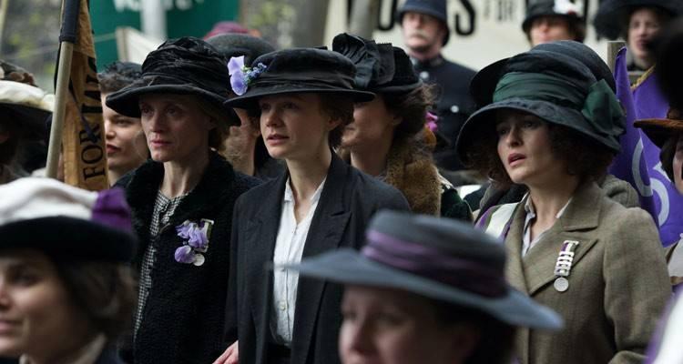 Anne-Marie Duff, Carey Mulligan y Helena Bonham Carter en la película Sufragistas