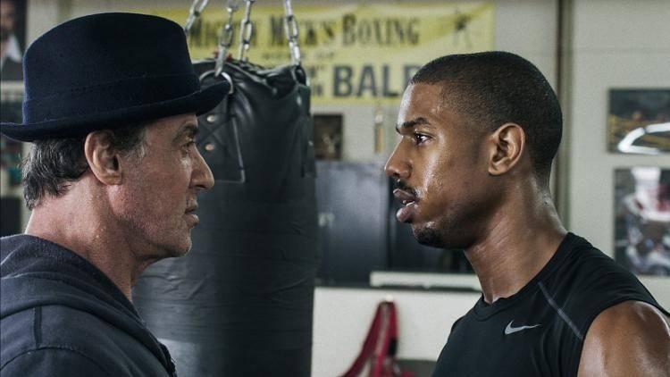 Sylvester Stallone es Rocky, la leyenda del boxeo y Michael B. Jordan interpreta a su pupilo