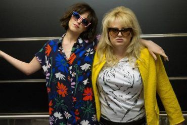 Dakota Johnson y Rebel Wilson