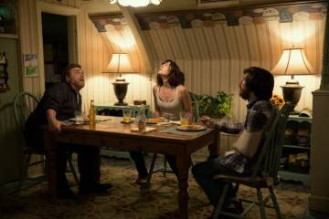 John Gallagher Jr., John Goodman, Mary Elizabeth Winstead