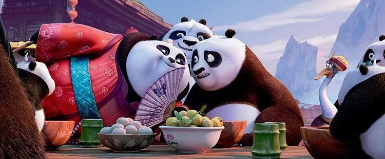 Po con su recién aparecido padre y una colega - Crítica Kun Fu Panda 3